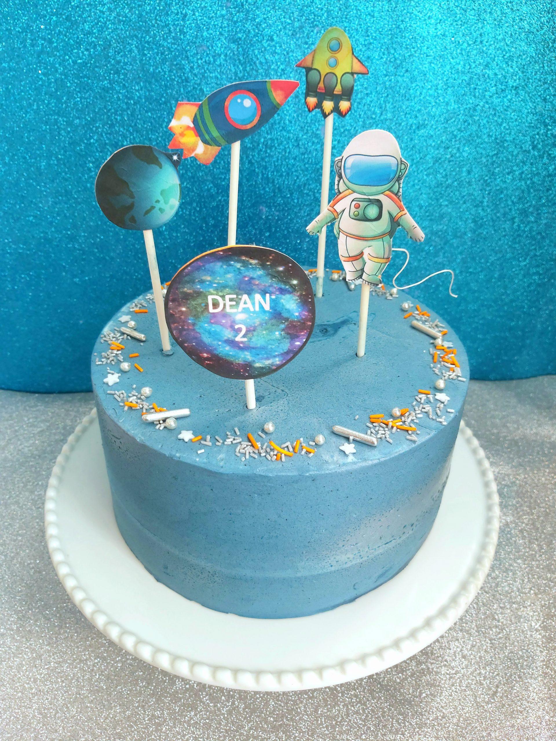 astronaut space cake